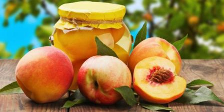 buah persih atau peach